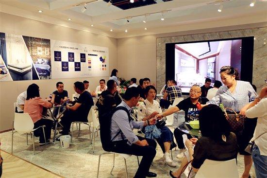 2018上海家具博览会圆满结束,朗乐福德式睡眠艺术魅力尽显