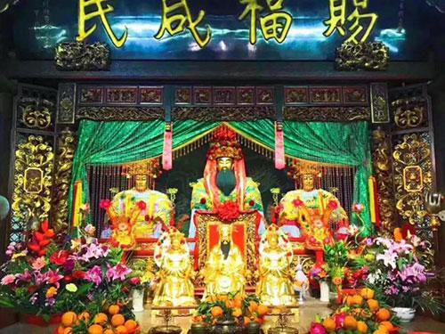 图:2019潮州青龙古庙-安济圣王、大夫人、二夫人圣像