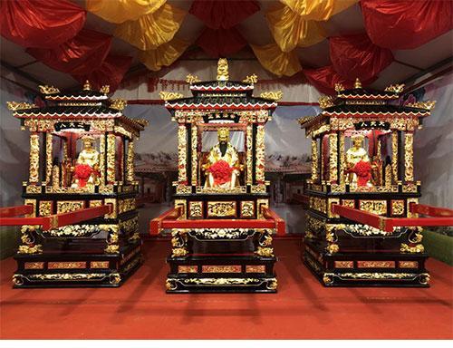 2019潮州青龙庙会-安济圣王和大夫人、二夫人圣像