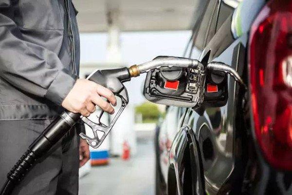 大师贴膜:保护环境,汽车贴膜节能省油