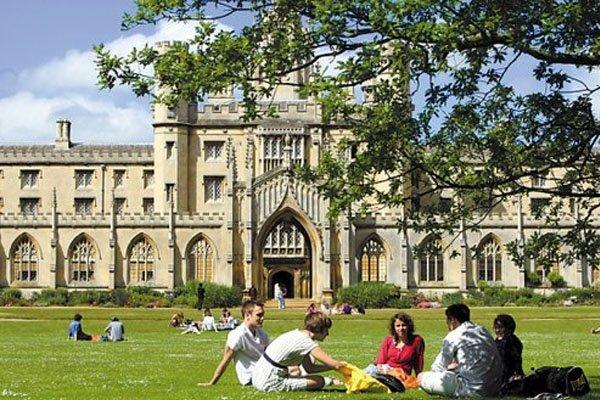 调查大公开:得学生家长欢心的留学中介机构有哪些?
