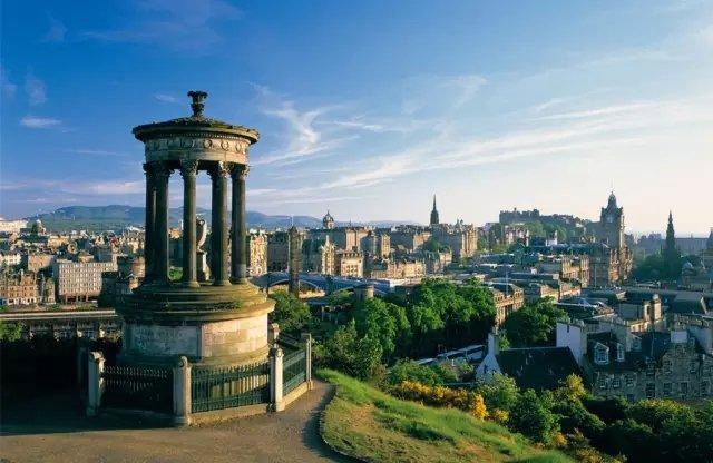 去英国留学找什么中介?选择一家中介要看哪些方面?